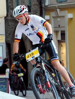 Seine Saison 2013 überzeugte den Bund Deutscher Radfahrer: Pepe Rahl vom TV Haiger gehört 2014 fest zum deutschen Mountainbike Nationalkader. Foto: Acton Stars