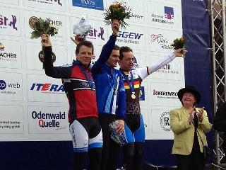 Thomas Hockauf (links) von der RSG Gießen und Wieseck krönt seine Laufbahn mit dem Vize-Europameistertitel im Radcross.
