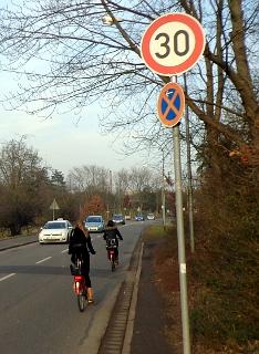 Tempo-30 in der Gießener Rathenaustraße